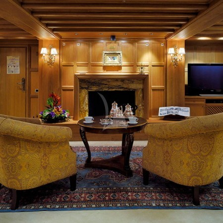 Christina O Yacht interior