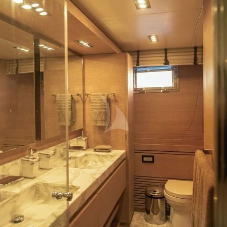 eleven I yacht bathroom