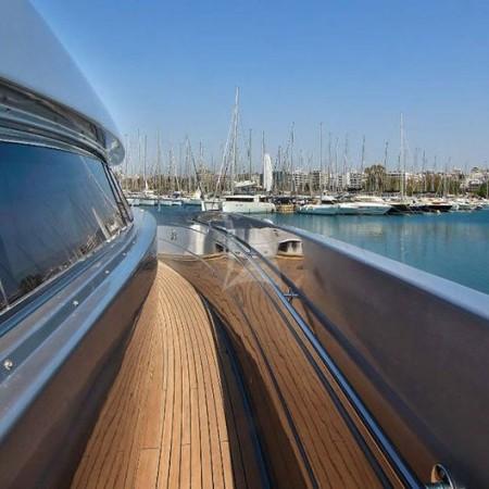 Elvi motor yacht