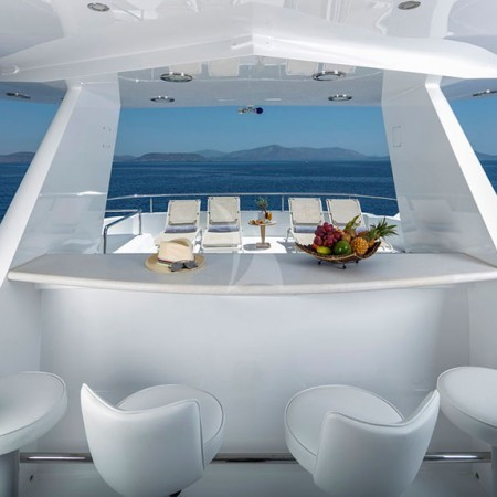endless summer yacht  dining area