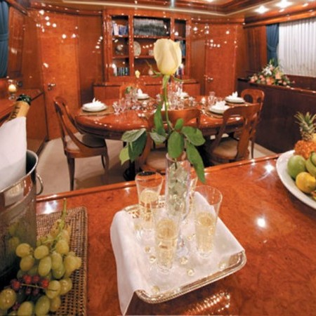 falcon yacht 100 ft