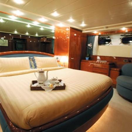 falcon yacht charter Mykonos