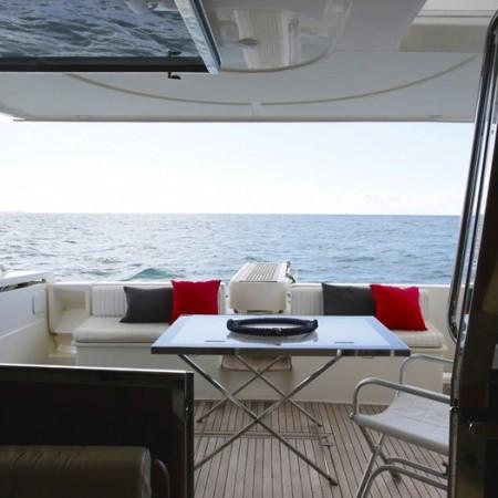 ferretti 53 yacht charter
