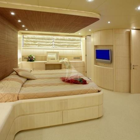 glaros yacht cabin