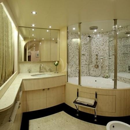 glaros yacht bathroom
