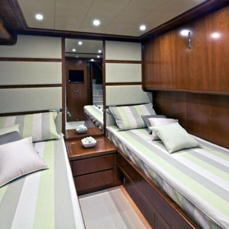 yacht twin cabin
