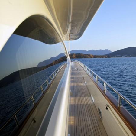 helios yacht exterior
