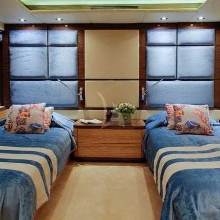 I Sea yacht cabin