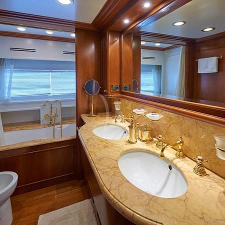 imagine yacht bathroom