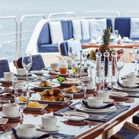 insignia yacht dining