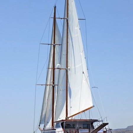 Iraklis L sailing motor yacht for rent