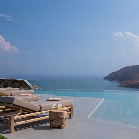 the best villa for events in Mykonos