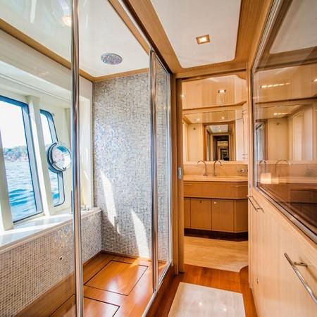Ferretti 83 Yacht Mykonos