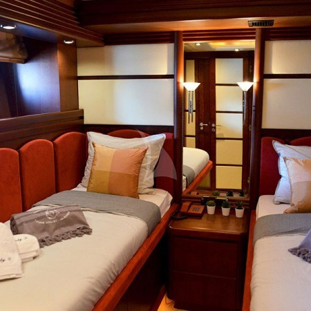 lady P super yacht twin cabin