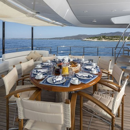 l'equinox yacht alfresco dining
