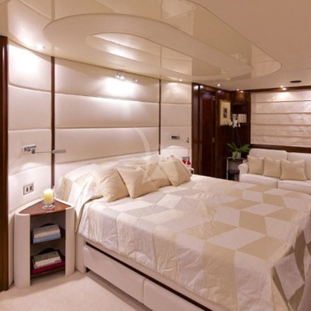 let it be yacht cabin