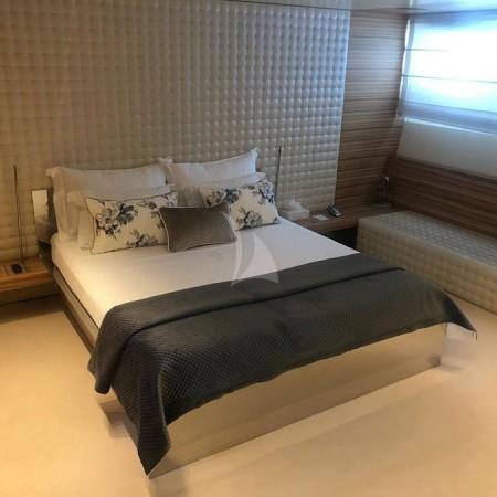 mabrouk yacht cabin