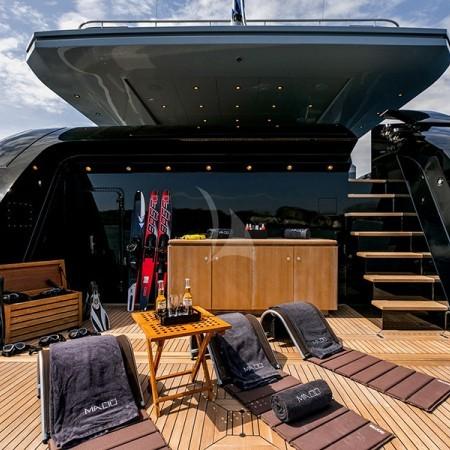 Mado Yacht swimming platform