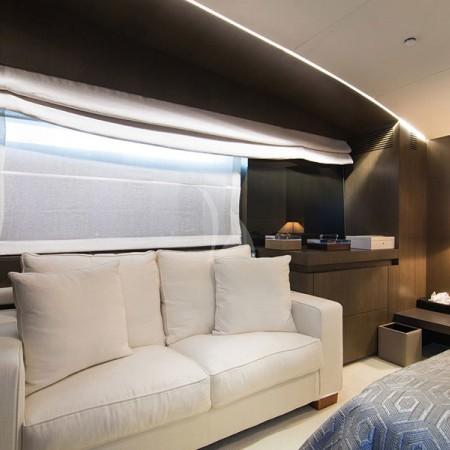 Mado cabin sofa