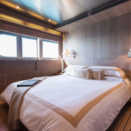 mariu luxury yacht
