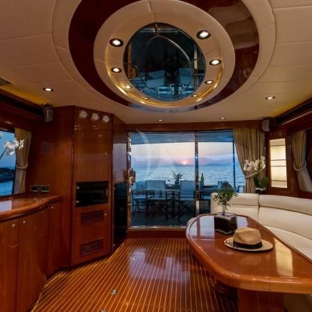 boat's interior salon