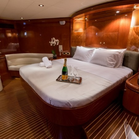 Mykonos yachting cabin