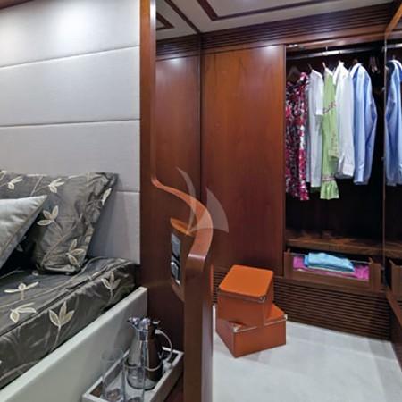 luxury yachts Mykonos
