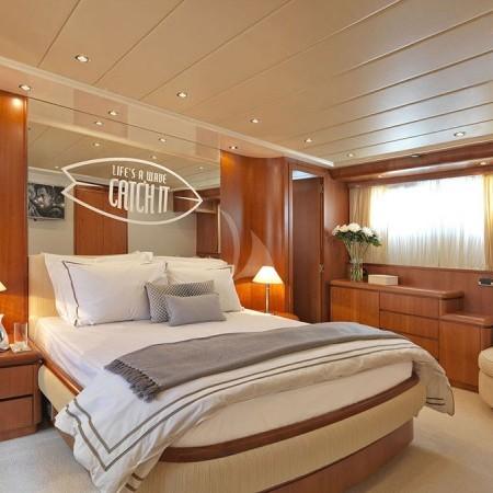 Martina yacht cabin