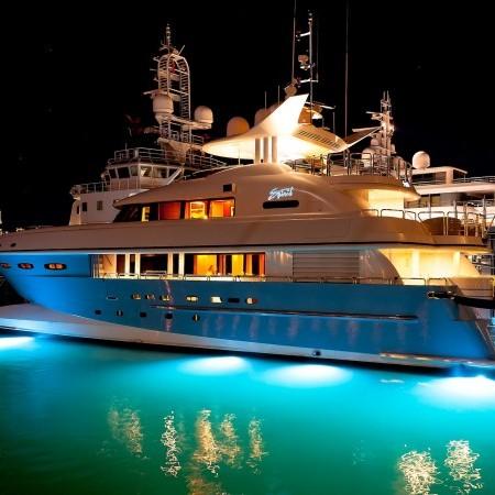 spirit yacht lights