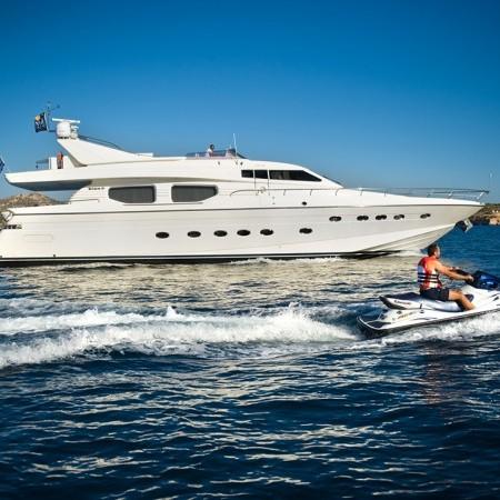 dilias yacht