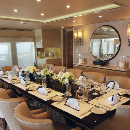 lady dee yacht dining