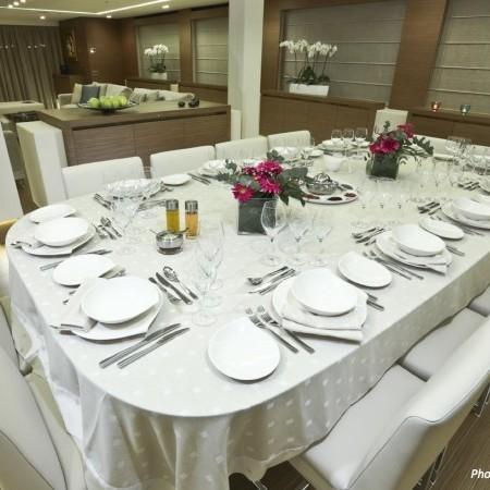 yacht dining