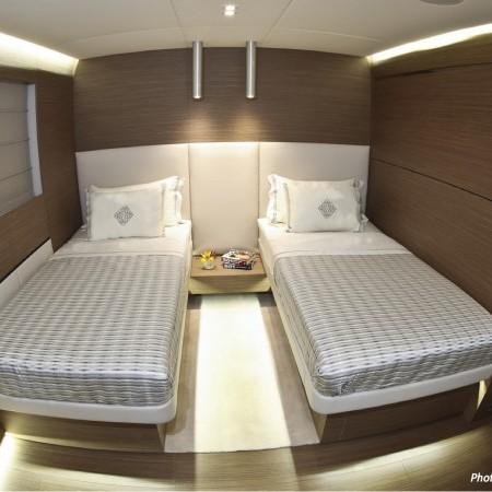twin berths cabin