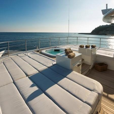 deck sun beds