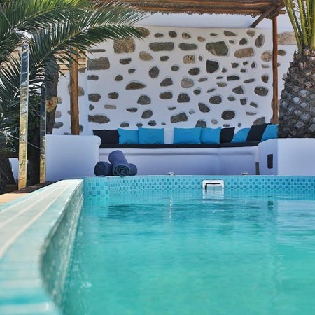private pool in villa Aretusa in Mykonos