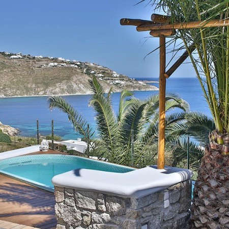 Mykonos villa with seaview