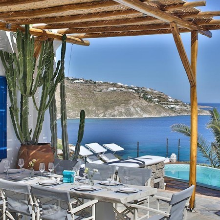 Outdoor dining area at villa in Mykonos