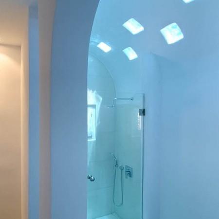 bathroom shower Villa Ariel