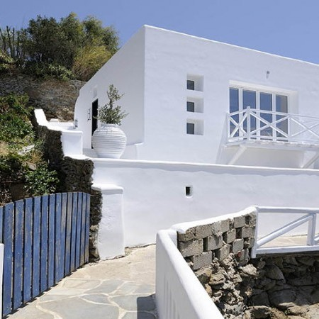 exterior view of Villa Ariel in Mykonos