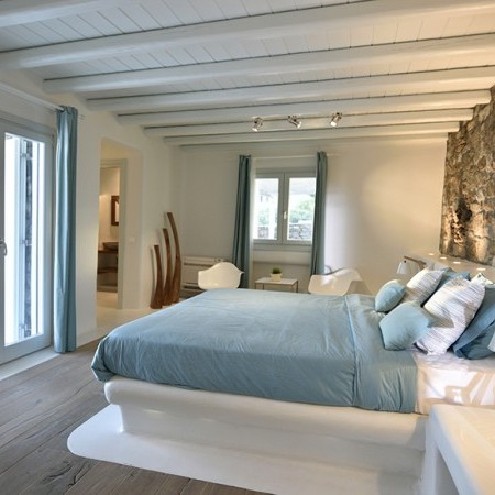 Villa Bahia master bedroom