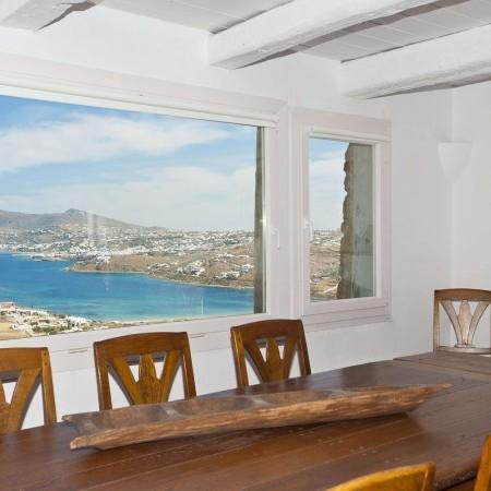 mykonos villa dining