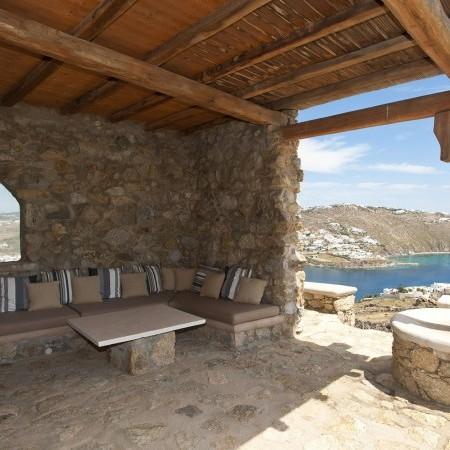 villa bellevue outdoor sitting