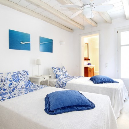twin bedroom Mykonos Villa