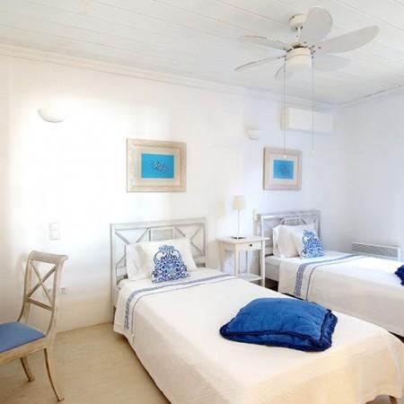 twin bedroom Villa Chrissi