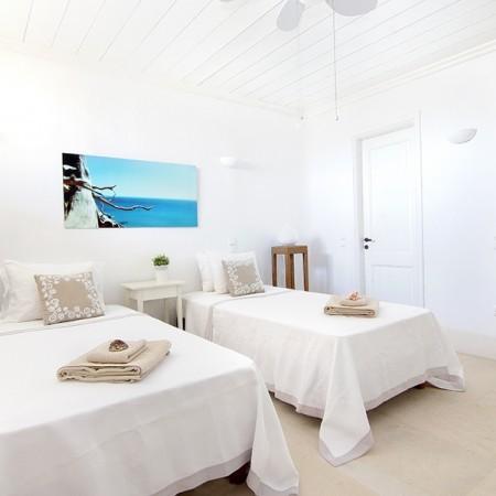 Mykonos Villa twin bedroom