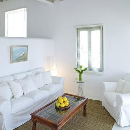 villa daphne small living room