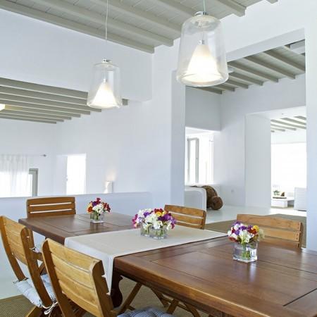 villa daphne dining