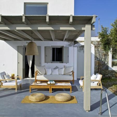 villa daphne exterior