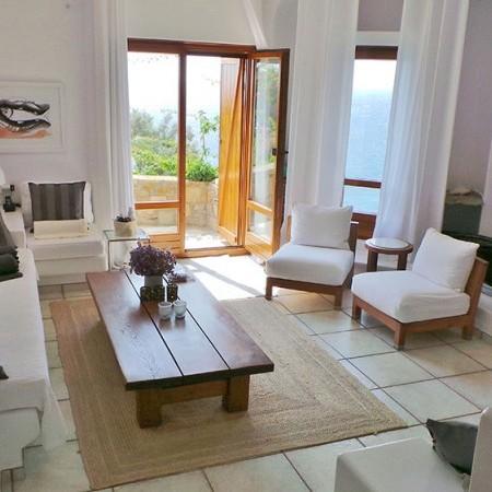 Villa Extasea living room