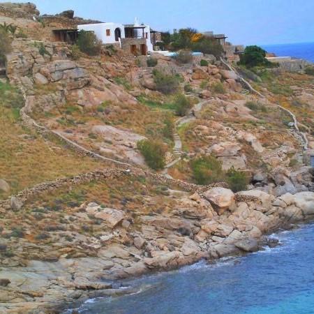 Mykonos villa with private beach access